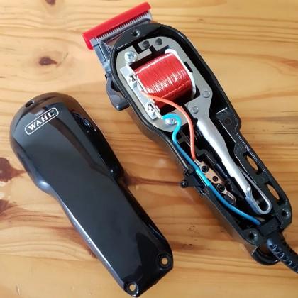Wahl Classic Series Super Taper Corded Salon Barber Clipper 8466 Black